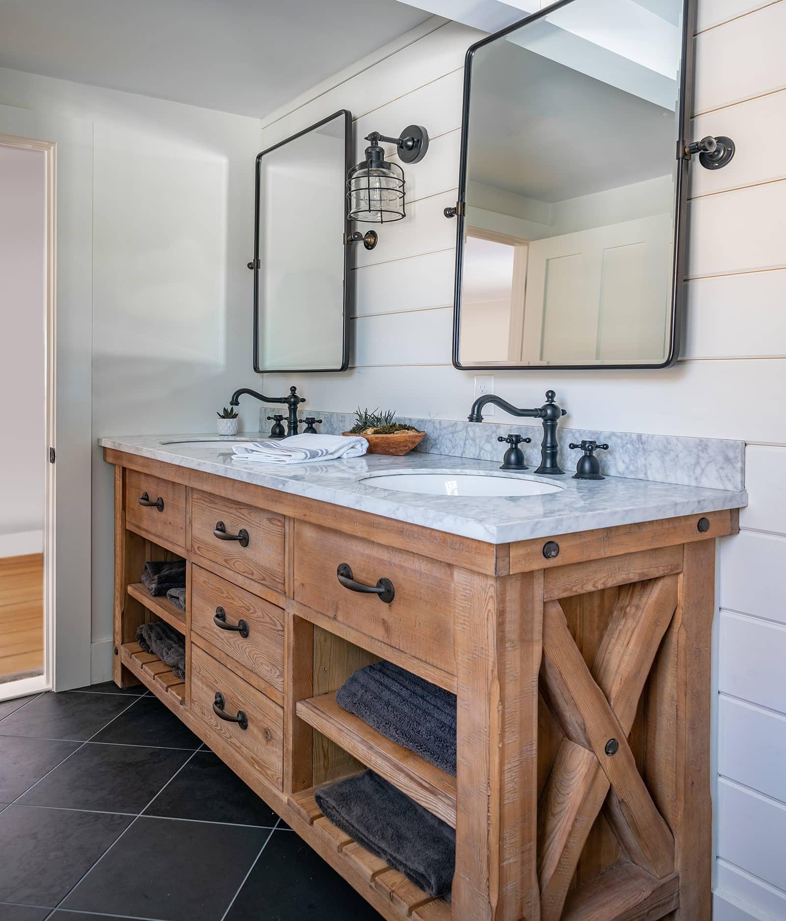 Hidden Farmhouse Wishing Well Historic Topsfield MA Bathroom