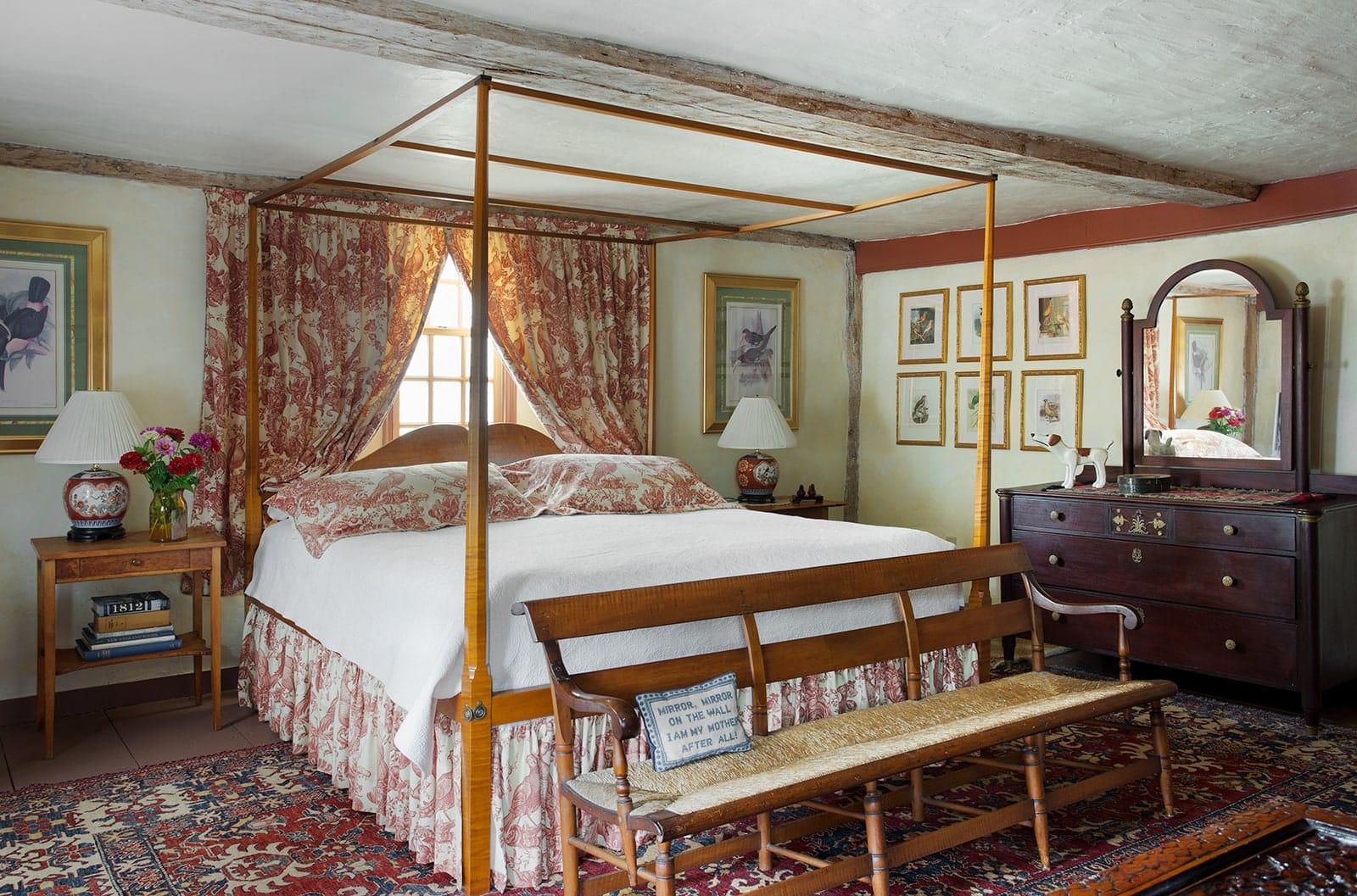 Lummus House Historic Colonial Ipswich MA a Bedroom