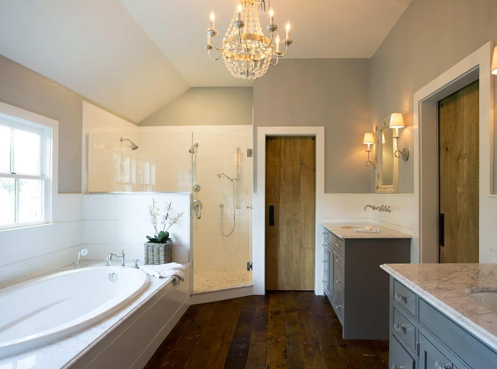 Lynnfield MA Farmhouse Bathroom