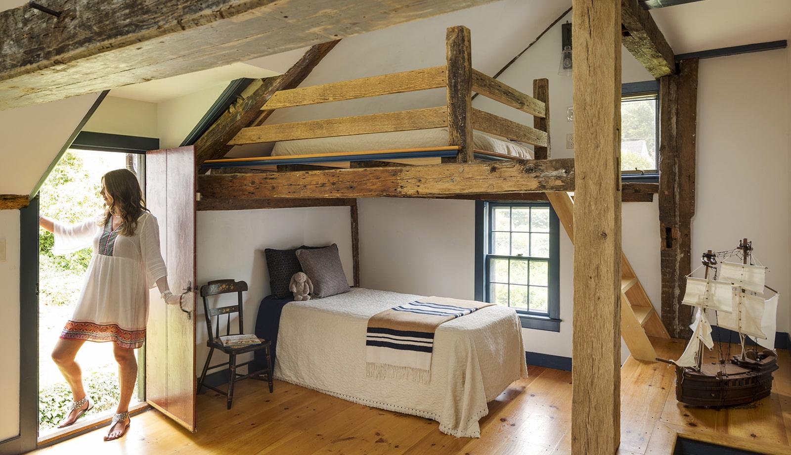 Harreden House Annisquam MA Kids Bedroom featured