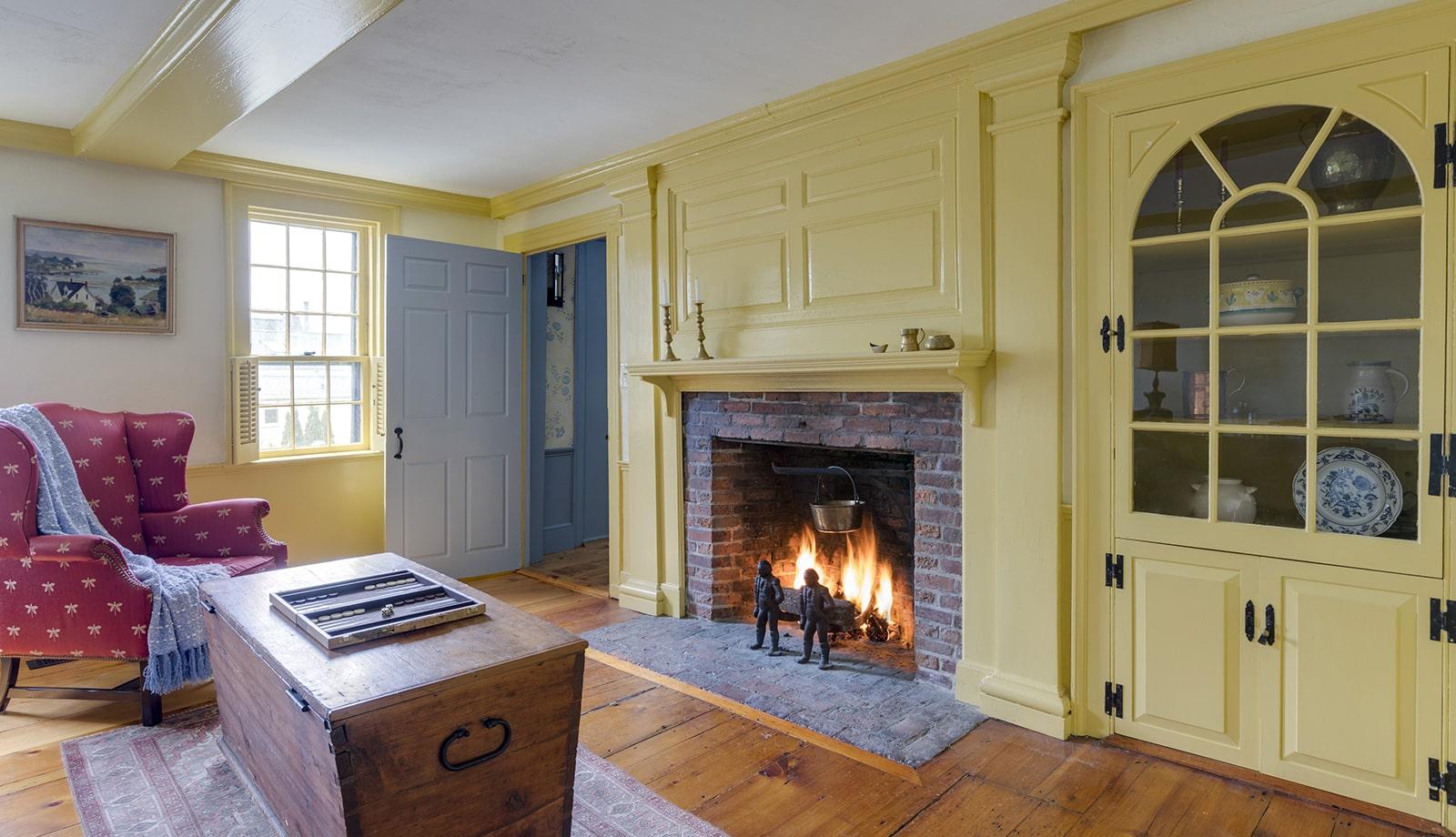 Harreden House Annisquam MA Living Room Featured